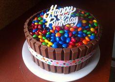 Kit Kat cake #birthdaycakes  #kitkatcake #m