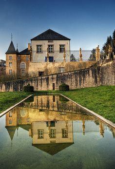 Schloss D'Ansembourg . Luxembourg