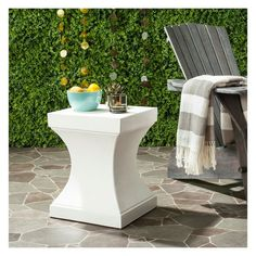Curby Square Concrete Accent Table - Ivory - Safavieh : Target Outdoor End Tables, Patio Tables, Side Tables, End Tables With Storage, Industrial Style, Modern Decor, Indoor Outdoor, Outdoor Spaces, Concrete