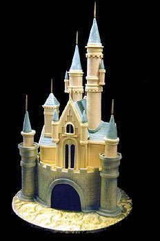 WOW! Cinderella's castle... Great cake for a Disney wedding!