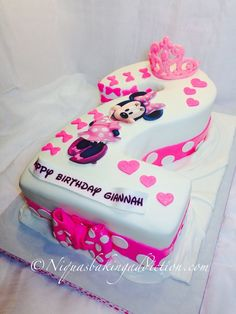 Minnie Mouse Number 2 Cake Hand Carved Minnie Mouse number two cake. Made from and sheet cakes, stacked three layers high. Minnie Mouse Cupcake Cake, Mini Mouse Cake, Minnie Mouse Birthday Cakes, Bolo Minnie, 2nd Birthday Party For Girl, 3rd Birthday Cakes, Birthday Desserts, Birthday Ideas, Number 2 Cakes