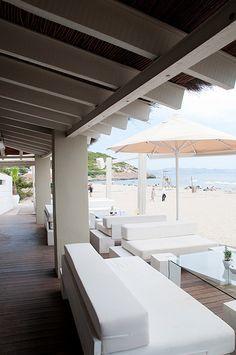 El Chiringuito, A stunning Ibiza beach restaurant