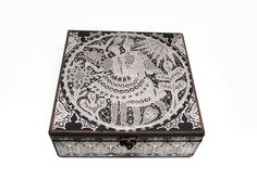 30cm x 30cm x 9cm-Beautiful Wooden Hand Made Accessories Box with Decoupage Technic-DBP-30x30-09