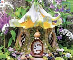 Ceramic Painting, Diy Painting, 300 Piece Puzzles, Living Room Murals, Fairy Garden Houses, Fairy Gardens, Giant Flowers, Painted Books, Modern Landscaping