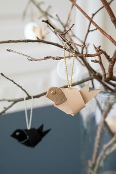 A CREATIVE AUTUMN with 32 creative projects. Experience the time of hygiene and creativity Anna and Diy Leather Projects, Diy Projects To Sell, Leather Diy Crafts, Fun Projects, Diy Leather Ornaments, Homemade Christmas, Christmas Crafts, Christmas Decorations, Christmas Ornaments