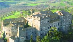 Giove (TR) - Castello di Giove, o Palazzo Ducale o palazzo Mattei costruito nel 1191