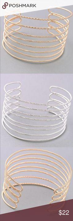 NEWGOLD or SILVER Bracelet Super stylish gold or silver bracelet Jewelry Bracelets