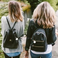 Who is your go-to walking buddy? Tag a friend you think should #TileIt. #Tile #Smarttech #IoT #outdoors #friends #tagafriend #tagsomeone #tiledit  www.thetileapp.com