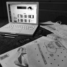 artwontwait:  Je gère les dernières commandes sur mon #Etsy ce lundi la boutique ce vide petit à petit car je compte dans quelques semaines ajouter de toutes nouvelles réalisations !  Découvrez mes illustrations et mon univers sur la boutique Etsy Art Won't Wait :  http://ift.tt/1OLS5R5   #art #artist #artwork #totebag #order #etsyshop #etsyseller #artwontwait #drawing #painting #blackwork #tattoo #ink #inked #illustration #computer #graphic #design #mode #auvergne #clermontferrand #toulouse…