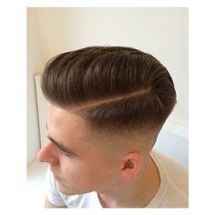 Mens hair in general Cool Haircuts, Hairstyles Haircuts, Haircuts For Men, Hair Style Korea, Long Hair Fade, Hair And Beard Styles, Long Hair Styles, High Fade Haircut, Asian Haircut