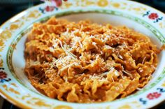 Pasta alla Vodka | The Pioneer Woman Cooks | Ree Drummond - This was great. I added chicken during the onion cooking.  I went with 1 cup of vodka, 1 cup of cream and a bit of extra olive oil and butter (while cooking the chicken).