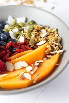 Healthy fruit, yogurt, and granola breakfast bowl!