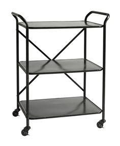 Nordal - Trolley Rullebord - Sort - Trolley rullebord i sort er fremstiller i metal og står på fire praktiske hjul. Rullebordet fra Nordal har tre hylder, hvor du kan opbevare dine ting. Brug rullebordet som barbord eller dekorer bordet med ting du gerne vil vise frem.
