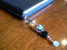Beaded Bookmark / Kindle Jewelry with tutorial