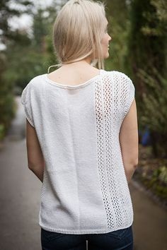 Rippling Top - Knitting Patterns and Crochet Patterns from KnitPicks.com by Edited by Knit Picks Staff