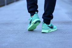 Nike Air Max Tavas «green glow».