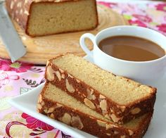 Almond Crusted Butter Cake and 9 other gluten free breakfast recipes #glutenfree #breakfast