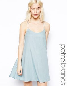 Image 1 - Glamorous Petite - Robe caraco en chambray