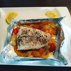 Heute gab es Kabeljau-Filet zum Mittag  Das lässt natürlich noch Spielraum für weitere Snacks #fish#kabeljau#fisch#fit#fitness#ernährungsumstellung#ernährung#food#fitmom#lunch#mittagessen#lowcarb#essen#abnehmen#healthylife#healthfood#leichteküche by fit_kejan