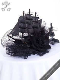 Black+Sailing+Ship+fascinator
