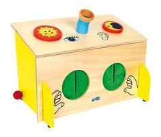 Grande boîte tactile en bois pour jouer à identifier des objets par le simple toucher, ou par l'ouie. Ludique et éducatif ! http://www.lilot-educatif.com/fr/-jeux-educatifs/1516-boite-tactile.html