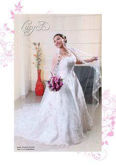 vestido: LUCY D´ novia: ANGELIE CHAVEZ foto: C y E Producciones