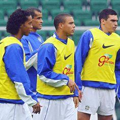 O Fenômeno🤙🏼 الظاهرة👑 . @ronaldo @brazil_fans9 . #ronaldo #elfenomeno #R9 #brazil #fenomeno #brasil #seleçãobrasileira #futbol…
