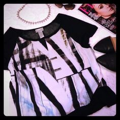 NWT Black/ white abstract print top Lane collection top. Black and white abstract print front. Mesh back. Very on trend! Would look amazing paired with high waisted bottoms or midi skirt! REASONABLE OFFERS WELCOMED! Lane Bryant Tops Tees - Short Sleeve