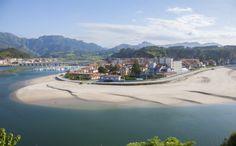RIBADESELLA (Asturias): En el Top 3 del ranking se cuela otra villa asturiana. Es la meta del Descenso Internacional del Sella. Durante la prueba, el primer fin de semana de agosto, Ribadesella multiplica por 10 su población