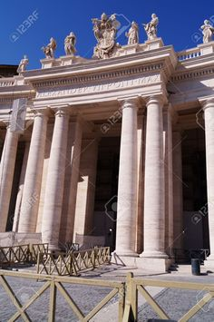 http://www.123rf.com/photo_37283654_detail-of-saint-peter-square-vatican-city-rome-italy.html
