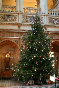 Christmas at Highclere castle; note the arms of William Herbert and Anne Parr, top right.