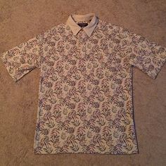 Men's  shirt Excellent condition. Like new Roundtree and Yorke Shirts