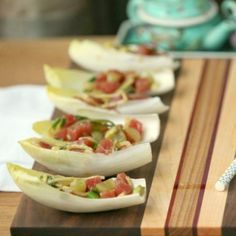 Easy, Low Calorie Appetizer - Asian Ahi Tuna and Avocado Stuffed Endive - Pin it to your Appetizer Board