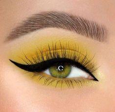 Yellow Eye Makeup, Bright Eye Makeup, Yellow Eyeshadow, Edgy Makeup, Colorful Eye Makeup, Cute Makeup, Pretty Makeup, Eye Makeup Steps, Makeup Eye Looks