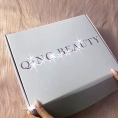 ✨Unboxing our sweet box, who is ready for this for your Valentine's Day?😏🧡⁠