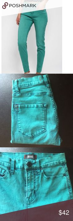 """BDG Urban Outfitters High Rise Twig Ankle Jeans 0 This is a pair of BDG Urban Outfitters teal acid wash jeans. They are the high rise twig ankle style. Made of 77% cotton 21% polyester 2% spandex. Waist 24"""" rise 10"""" inseam 28"""". Super stretchy!!! And mint condition. Urban Outfitters Jeans Skinny"""