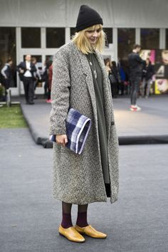 "love the tramp look for ""away from meeting people"" days, especially that clutch. Fashion Week Łódź"