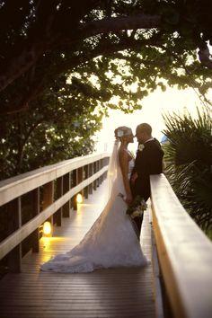 Indianapolis-Indiana-Florida-Destination-Wedding-Photographer-Crowes-Eye-Photography_002.jpg