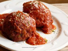 I love meatballs, possibly too much really. Meatball subs are my favorite, though I can just eat the meatball whenever. With pasta, without, on a roll, without a roll. Right out of the pan…..…