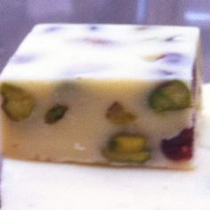 Recipe White Chocolate, Cranberry & Pistachio Fudge by Greywing56 - Recipe of category Desserts & sweets