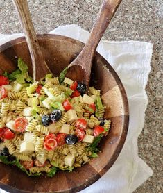 USE GF Pasta... Baking with Blondie : Pesto Pasta Salad