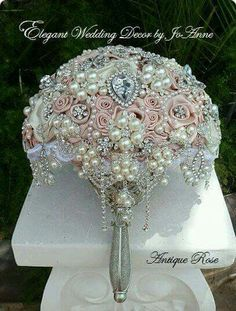 Custom Pink Brooch Bouquet- DEPOSIT For a Gorgeous Antique Pink Vintage Inspired Brooch Bouquet, Brooch Bouquet, full price 450 Wedding Brooch Bouquets, Bride Bouquets, Purple Bouquets, Bridesmaid Bouquets, Flower Bouquets, Ring Verlobung, Wedding Accessories, Just In Case, Dream Wedding