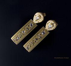Doug Moore: teardrop diamonds and gold