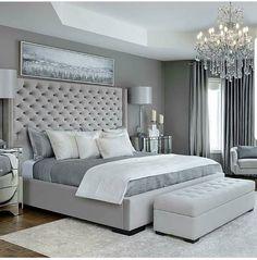 Grey bedroom designs!... . @velvetmusings @kimmberlycapone 📸 @arnalphotography #lovefordesigns#homedecor#chandelier…