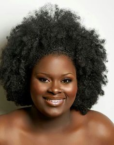 (via Afro Divas) She is beautiful & so is her hair Natural Hair Journey, Natural Hair Care, Natural Hair Styles, Natural Beauty, My Hairstyle, Afro Hairstyles, Twisted Hair, Pelo Natural, Hair Affair