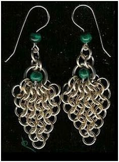 How to Make Easy Chain Maille Earrings Tutorials - The Beading Gem's Journal love it! must try! #ecrafty