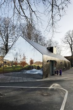 Mirror House at Copenhagen Central Park by MLRP