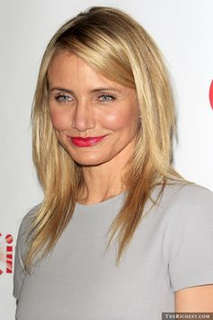 Before she hit the big time in a number of A-List motion pictures, a 19-year-old Cameron Diaz shot a kinky adult film. After rising to mainstream limelight, the actress attempted to cover up her scandalous past, but, thanks to the internet, that did not happen. The raunchy film Diaz starred in features her in a BDSM-style suit, exposing many of her assets, and yanking on a half-naked guy all chained up.