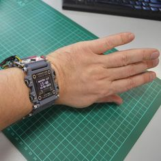 Наручные часы на основе Arduino, созданные на 3D-принтере за один субботний вечер / Блог компании МАСТЕР КИТ / Хабр
