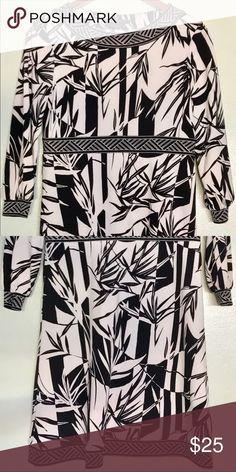 "BCBG Max Azria Dress, Black & White. Size XS 31"" BCBG Max Azria Dress, Black & White. Size XS Length 31"" BCBGMaxAzria Dresses Long Sleeve"